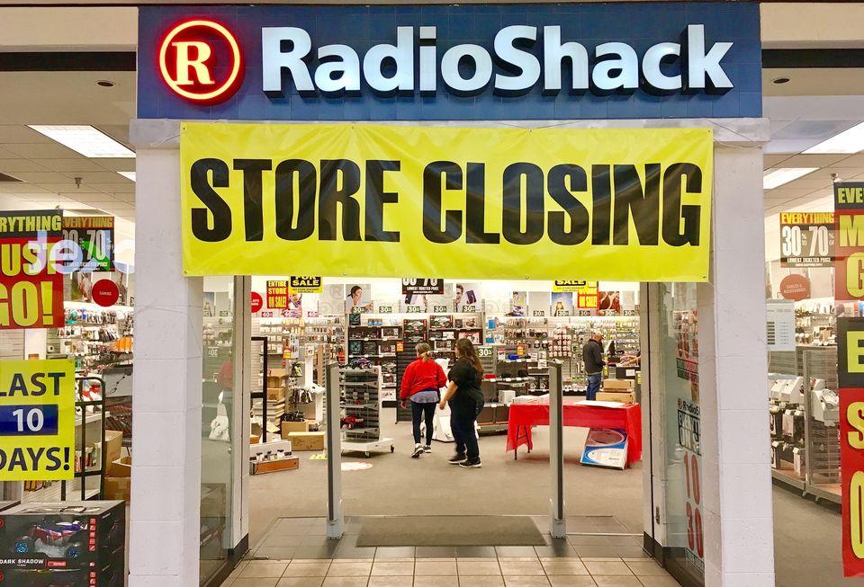 How Amazon Became The #1 Consumer Electronics Retailer